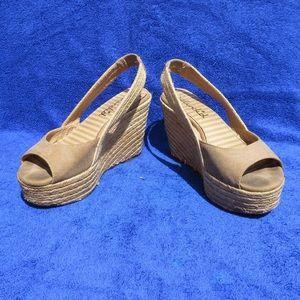 SPLENDID Canvas Platform Wedge Sandals